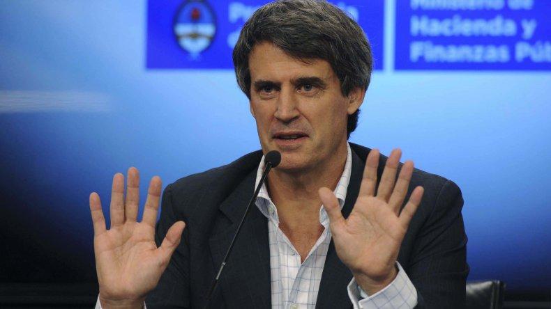 El ministro de Hacienda y Finanzas anuncia el fin del cepo cambiario: veremos mñana qué precio tendrá el dólar