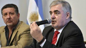 Das Neves en el momento del anuncio, de fuerte tono crítico hacia el anterior gobierno.