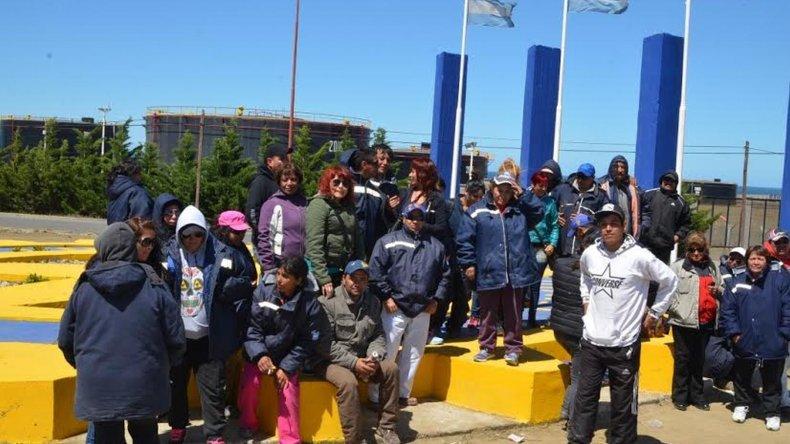 Trabajadores de la Fundación Caleta Sustentable levantaron el piquete en Ruta 3