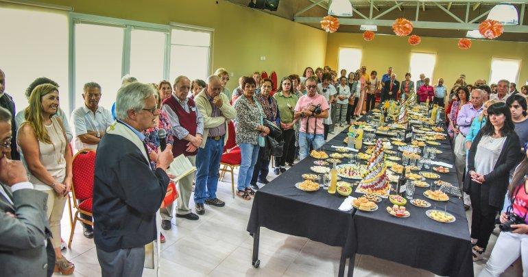 El Centro de Jubilados y Pensionados de Rada Tilly quedó inaugurado ayer con la presencia de autoridades gubernamentales.