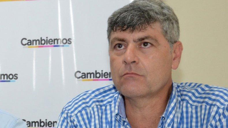 Ricardo Buryaile no descarta importar carne de Uruguay.
