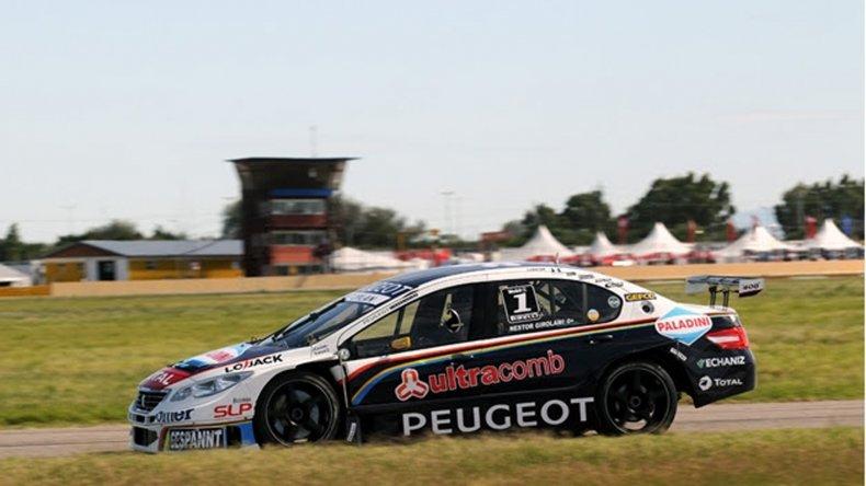 El Peugeot 408 largará desde el cajón de privilegio en la gran final de la temporada donde se consagrará el campeón de la temporada 2015.