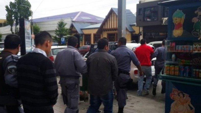 Los condenados son retirados del tribunal para su trasladado a la U15