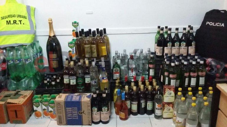 Clausuraron una fiesta clandestina y decomisaron gran cantidad de alcohol