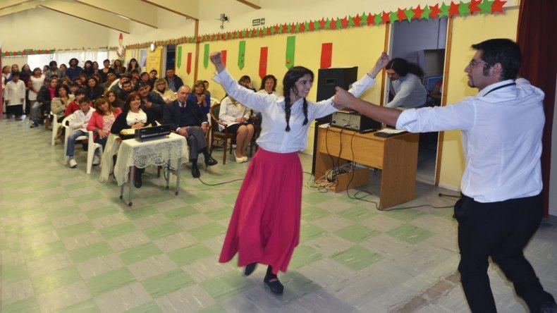 Cuatros alumnos de la Escuela Hospitalaria terminaron su educación de nivel primario