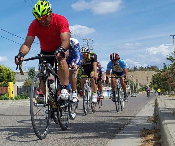 El ciclismo tuvo actividad en el circuito de la avenida Constituyentes.
