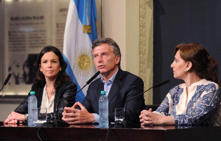 Macri brindó una conferencia de prensa en la que detalló que las nuevas medidas significaran un impacto fiscal de 3 mil millones de pesos.