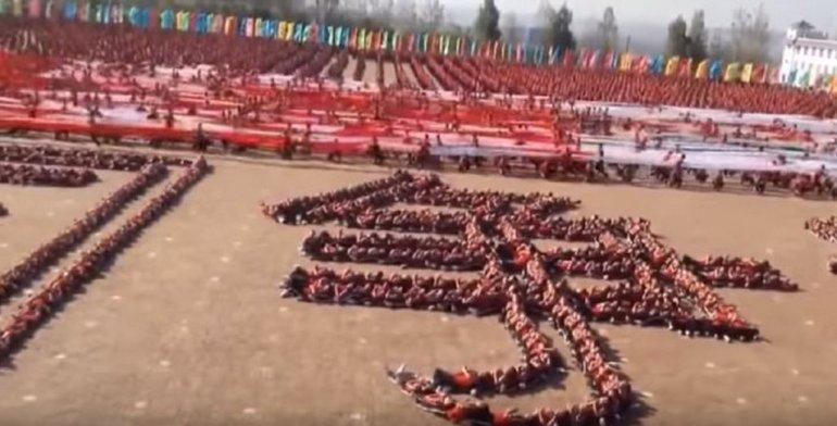 Increíble coreografía de 36 mil estudiantes