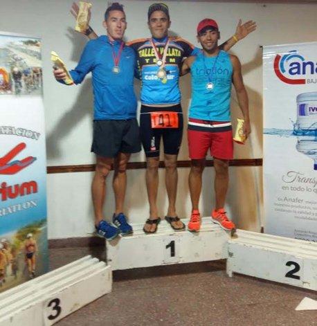 El podio de Caballeros liderado por Ezequiel Villata.