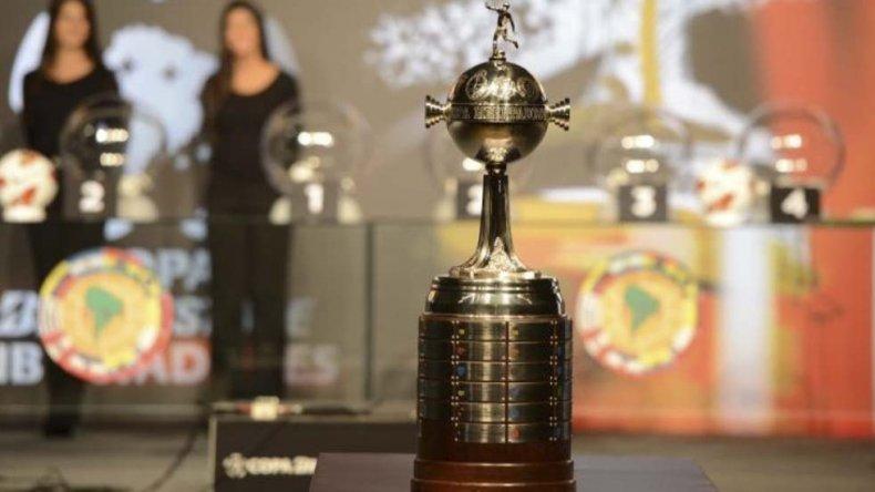 Anoche se sorteó en Paraguay una nueva edición de la Copa Libertadores de América que arrancará en febrero.