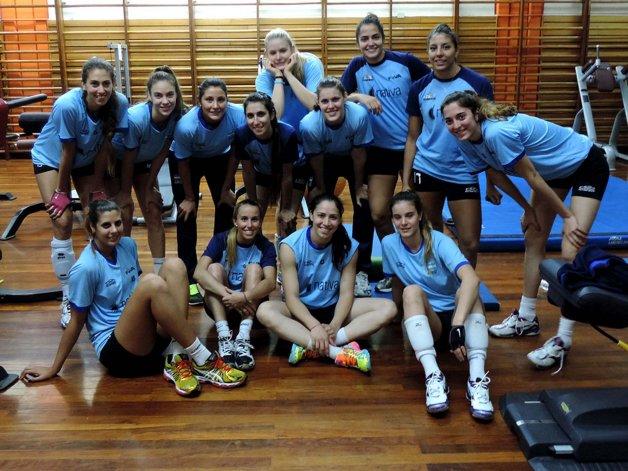 La selección argentina de vóleibol femenino reiniciará hoy sus entrenamientos en el CeNARD.