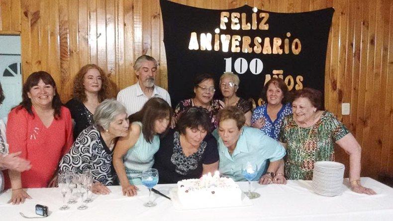 Festejo vecinal por los 100 años de barrio Don Bosco