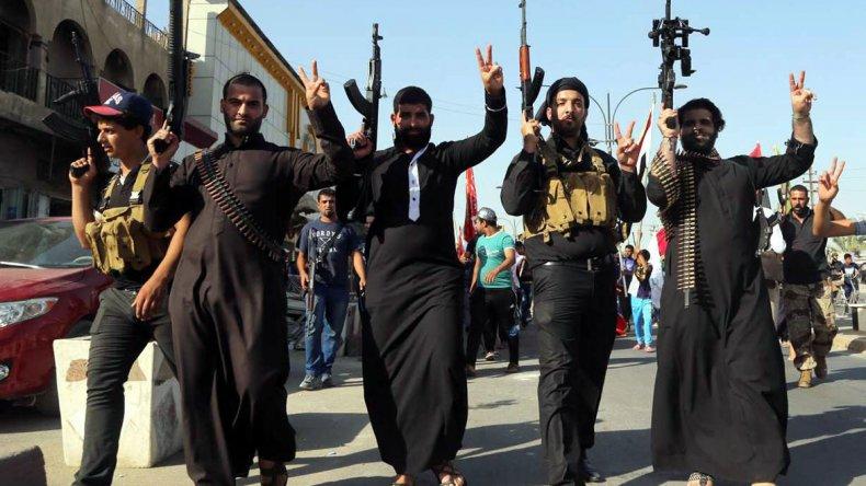 En junio de 2014 el Estado Islámico proclamó un califato y desde entonces crece su amenaza contra diferentes países que intervienen en el conflicto de Siria e Irak.