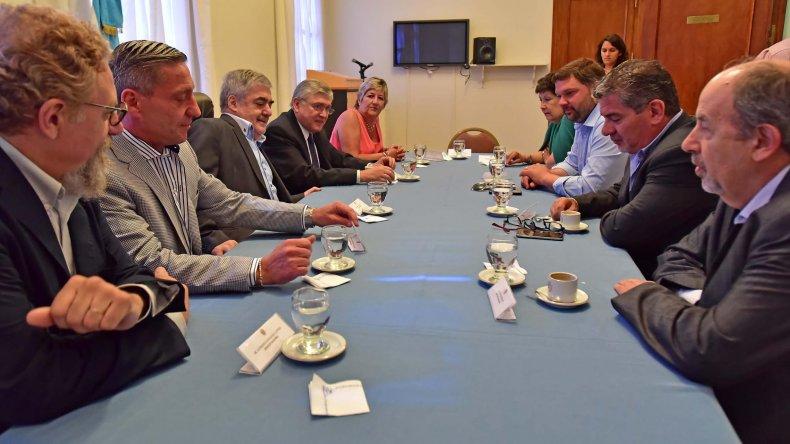 Das Neves acordó una agenda común de trabajo con legisladores nacionales