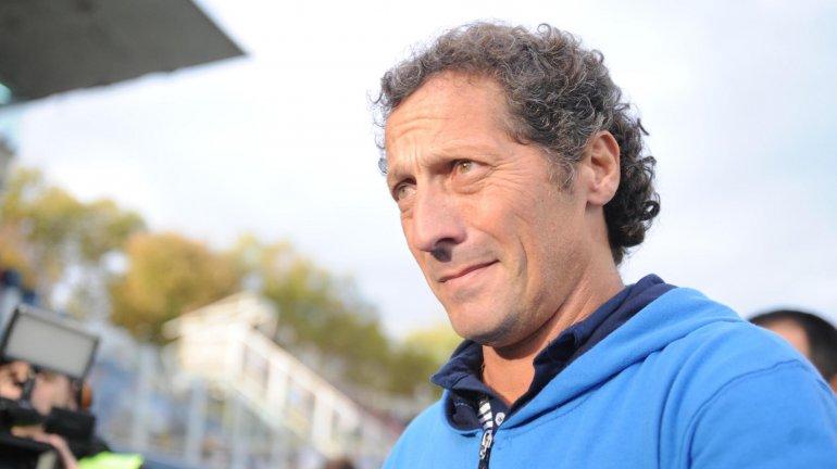 Pedro Troglio sigue en Gimnasia de La Plata