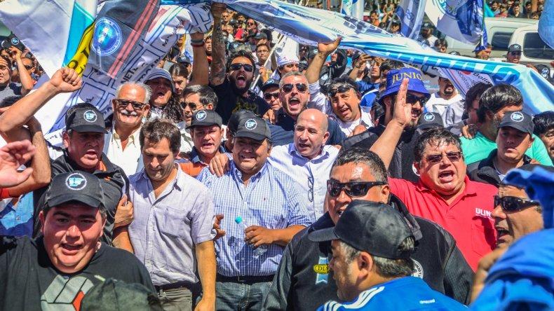 Dos ministros de Das Neves estuvieron en la movilización: Sergio Bohe y Marcial Paz.