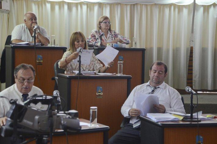 Ayer los concejales le aprobaron al intendente Linares el presupuesto que había presentado para su tratamiento.