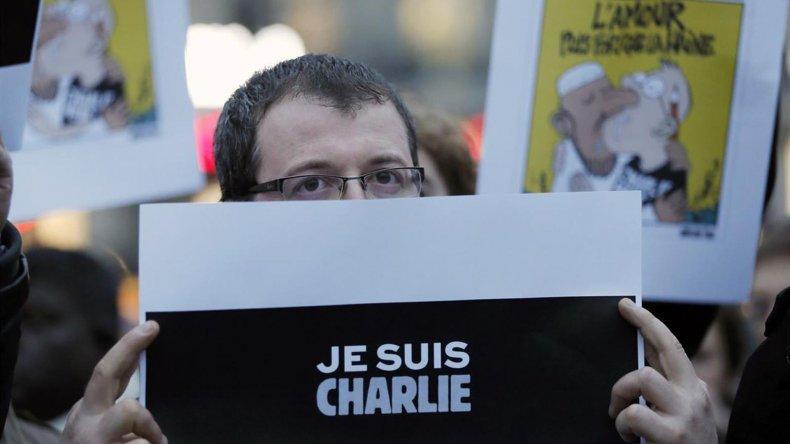 El semanario Charlie Hebdo fue uno de los medios más golpeados durante este año.