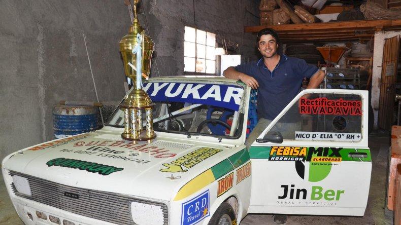 DElía reconoció que el trabajo de su equipo fue fundamental para coronarse campeón TP1.100cc.