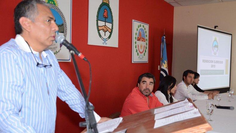 El comisionado de fomento de Cañadón Seco realizó el balance de gestión 2015