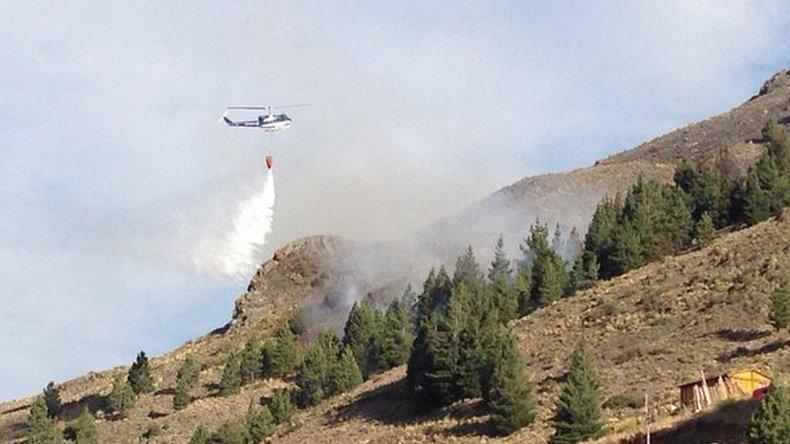 El helicoptero continua trabajando al día de hoy para controlar que no se reactiven ningún foco