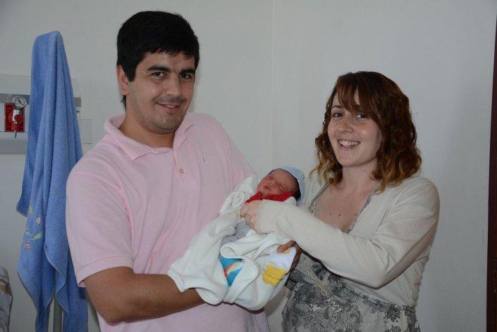 Los padres Yamila Dodero y Claudio Novoa