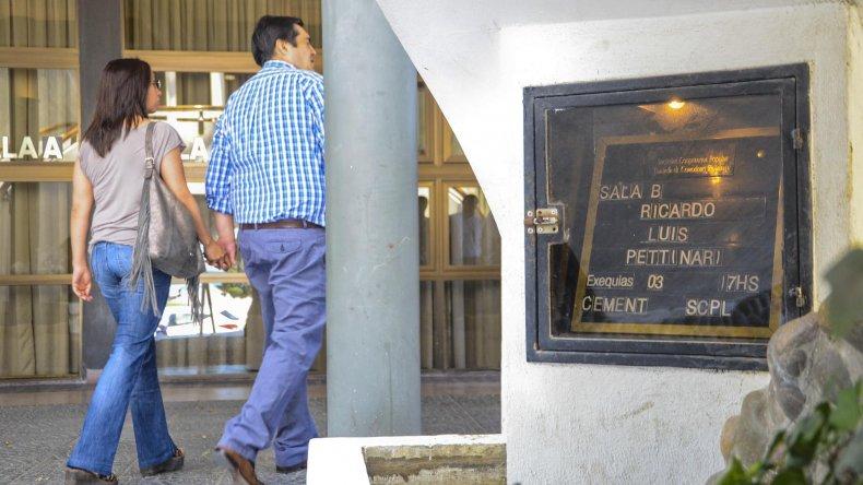 La comunidad se acercó ayer a la sala velatoria de la SCPL para despedir al doctor Ricardo Luis Pettinari.