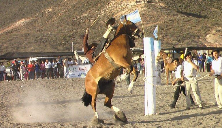 Las fiestas populares de Chubut siguen en El Hoyo, Cushamen y Atiglio Viglione