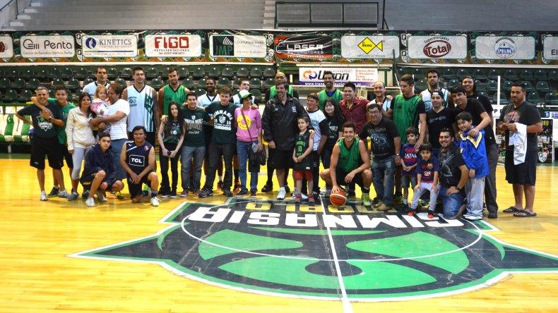 Gimnasia Indalo regresó a los entrenamientos en el Socios Fundadores. Foto: Norberto Albornoz / El Patagónico.