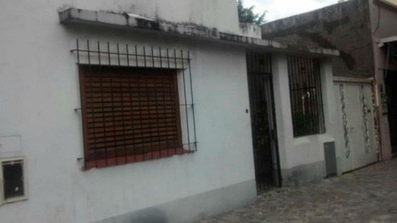 La casa donde viven la madre y la hermana de Christian y Martín Lanatta.