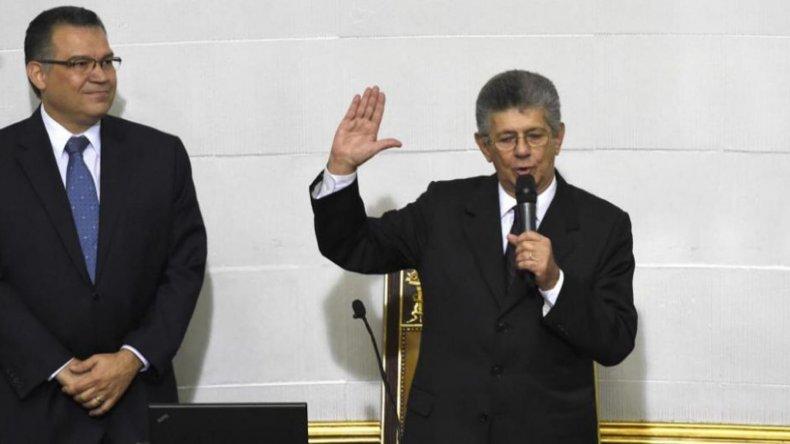 El opositor Henry Ramos Allup es el nuevo titular de la Asamblea Legislativa venezolana.