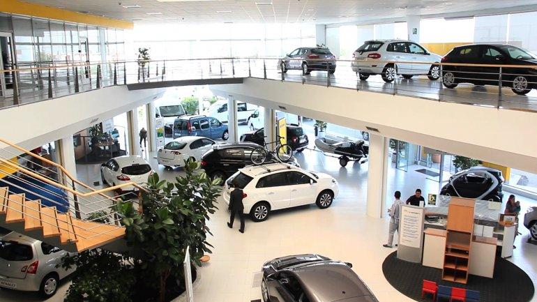 Rige la baja de impuestos para autos de más de $350 mil