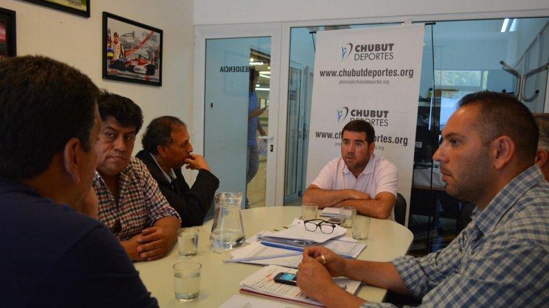 Se realizaron importantes anuncios en la reunión entre los clubes Newbery de Comodoro y Huracán de Trelew con Chubut Deportes.