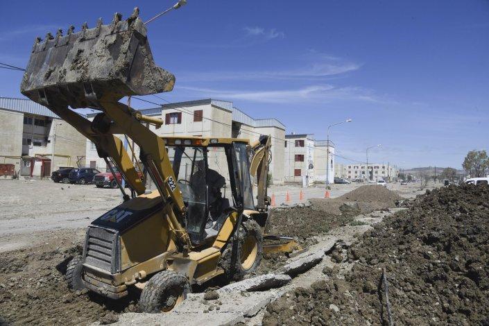 El cambio de suelo en la avenida Chile  se extenderá hasta la avenida Congreso