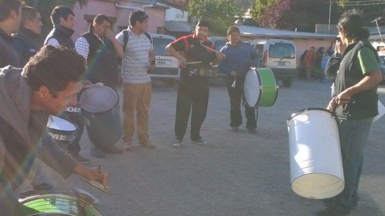 Municipales de Esquel comenzaron paro por 48 horas