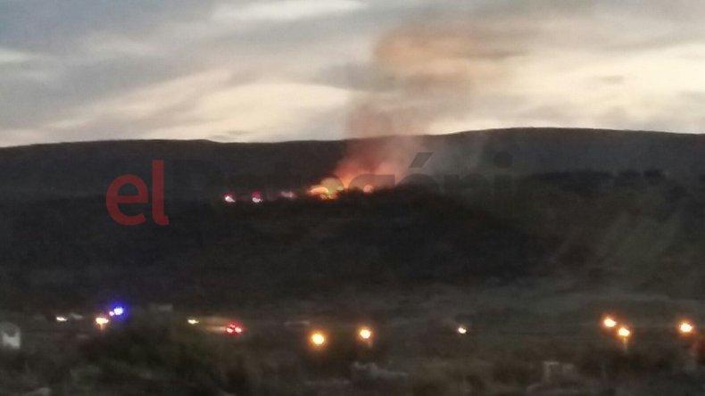 Controlaron un incendio de pastizales en Rada Tilly
