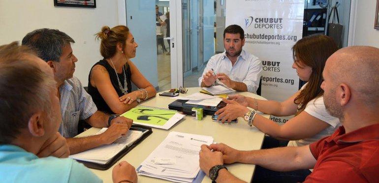Aspecto de la reunión que se realizó el jueves al mediodía en la agencia Chubut Deportes