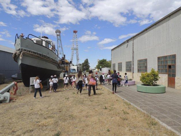 El Espacio de la Energía de YPF abrirá sus puertas este verano para que toda la familia pueda divertirse aprendiendo.