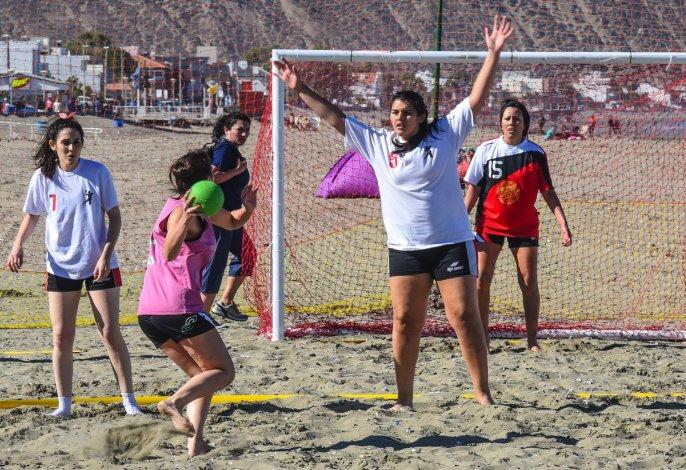Circuito Patagónico de beach hándbol en Rada Tilly
