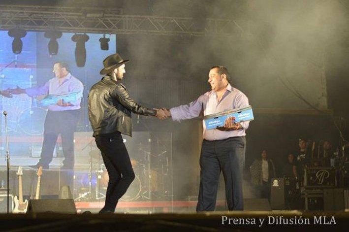 El cierre estelar de la primera noche de la 27ª Edición de la Fiesta Nacional de la Cereza estuvo a cargo de Abel Pintos.