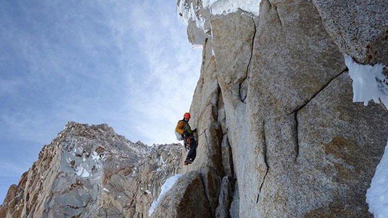 El alpinista estadounidense Colin Haley