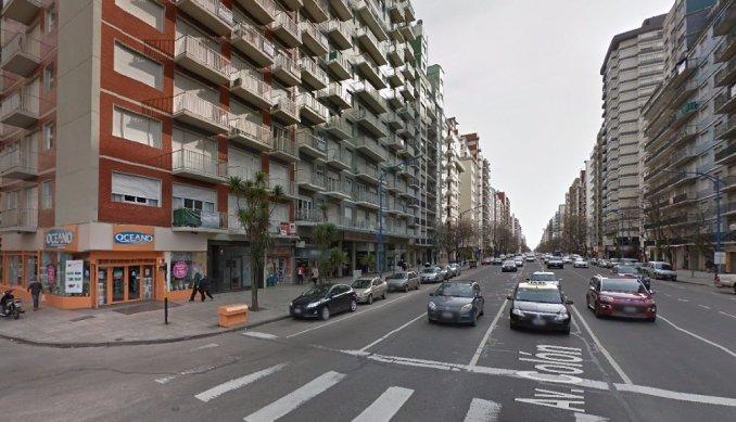 Un perro cayó de un piso 23 sobre una mujer  y ambos sobrevivieron