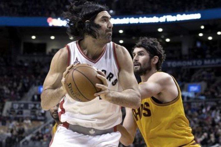 Scola sumó una nueva victoria con Toronto Raptors