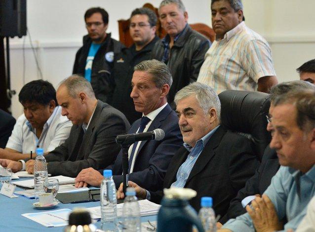 Das Neves advirtió que no se tolerará la pérdida de puestos de trabajo