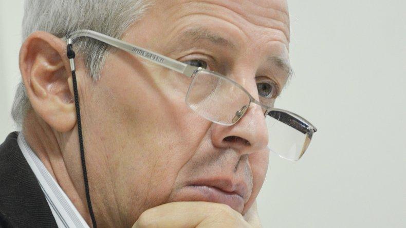 El juez Caviglia desautorizó la acción policial con el sujeto que pretendía vender un chaleco antibalas.