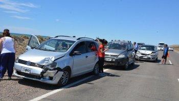 Cuatro vehículos protagonizaron un choque múltiple sobre la ruta Nacional Nº3; un conductor se escapó.