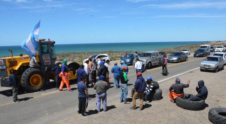 UOCRA Santa Cruz se va de la ruta y traslada su reclamo a Río Gallegos