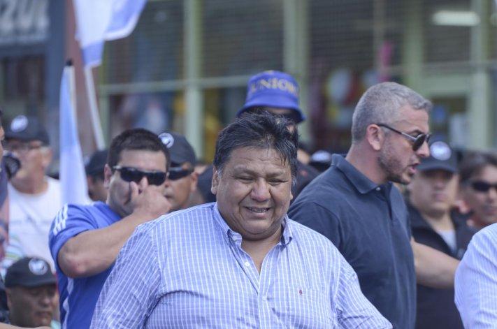 Jorge Avila se manifestó disconforme por las ausencias de la mayoría de senadores y diputados. Dijo que priorizaron sus vacaciones a la preservación de las fuentes laborales.