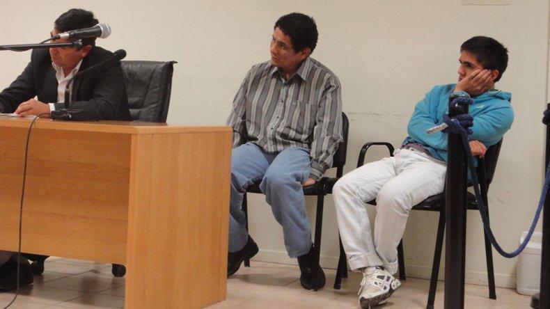 Raúl Colicheo (centro) tiene 44 años y no quiso estar más preso en la Segunda