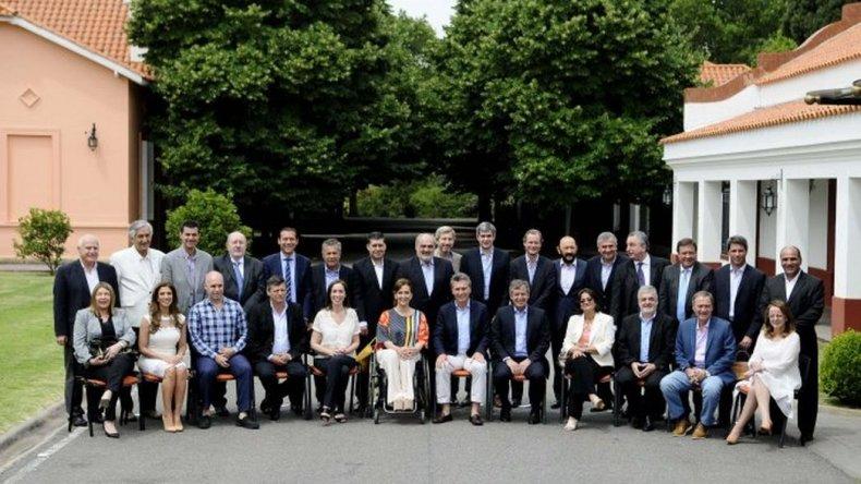 Macri anuló el decreto que obligaba devolver el 15% a las provincias
